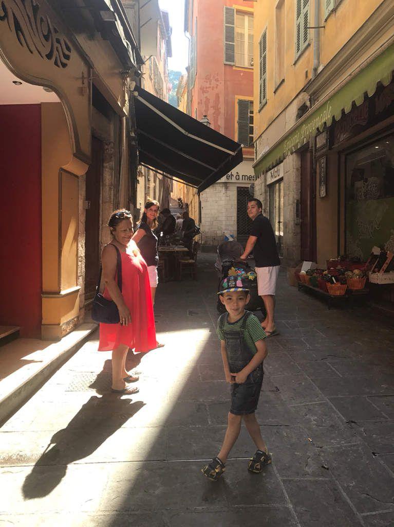 Passage obligé par le vieux Nice avant de partir pour les prochaines aventures