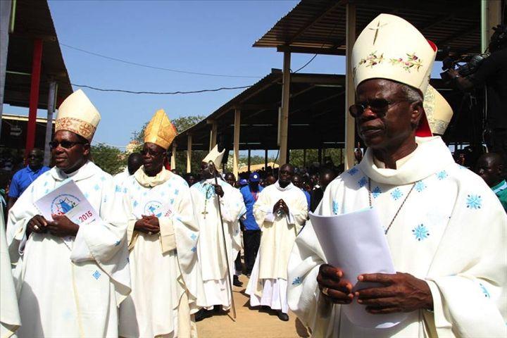 Le pèlerinage de Pentecôte, dédié à la Vierge Marie, à Popenguine (Sénégal)