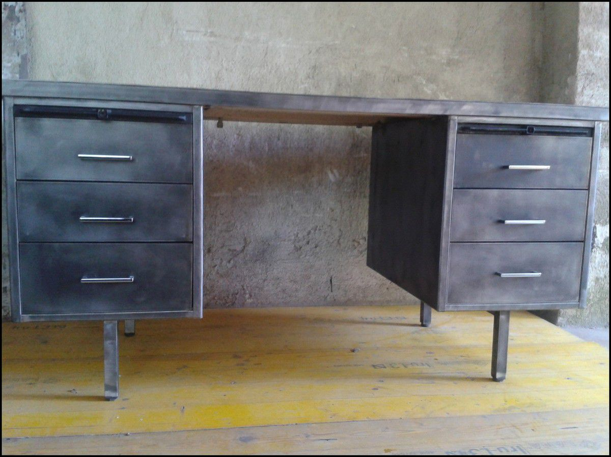 bureau industriel strafor le blog de la salamandre bleue. Black Bedroom Furniture Sets. Home Design Ideas