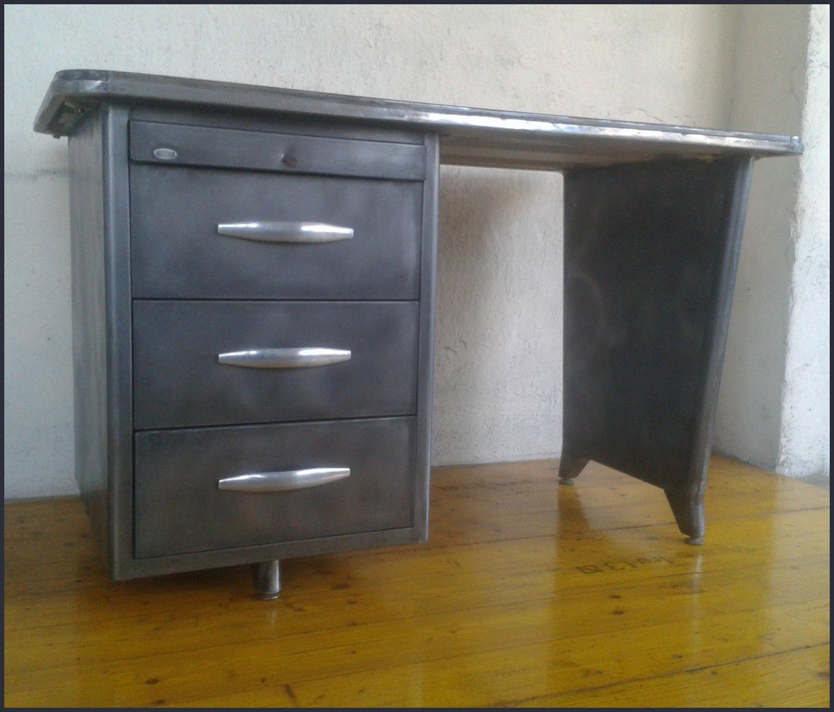 bureau industriel des ann es 60 le blog de la salamandre. Black Bedroom Furniture Sets. Home Design Ideas
