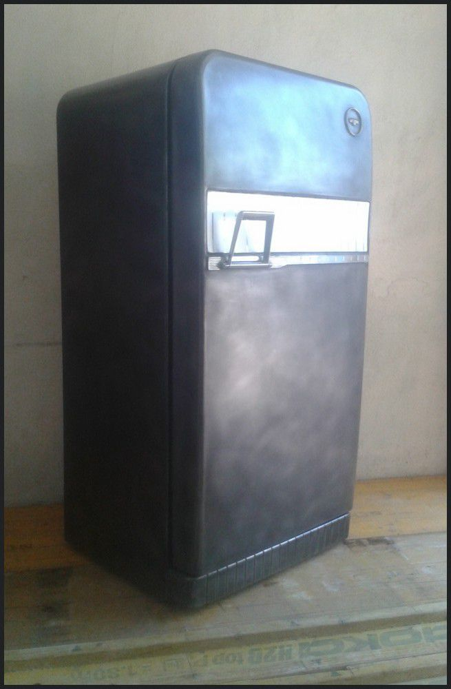 frigo vintage r am nag le blog de la salamandre bleue et de combustible23. Black Bedroom Furniture Sets. Home Design Ideas