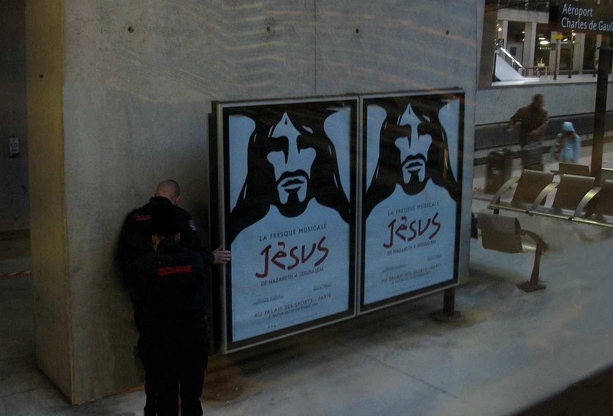 Noël 2016, la douane à la recherche de Jésus ! Catherine Gheselle