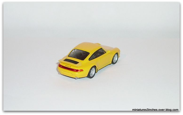 Porsche 911 RS &quot&#x3B;993&quot&#x3B;  by  Kyosho