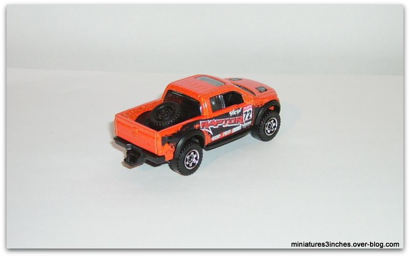 Ford F-150 SVT Raptor  by  Matchbox.