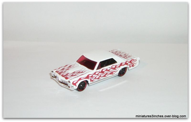Pontiac GTO 1965 by Hot Wheels.