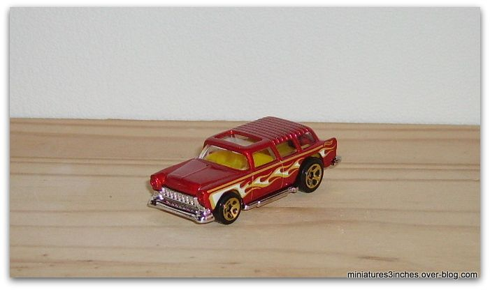 Chevy Nomad 1955 by Hot Wheels.