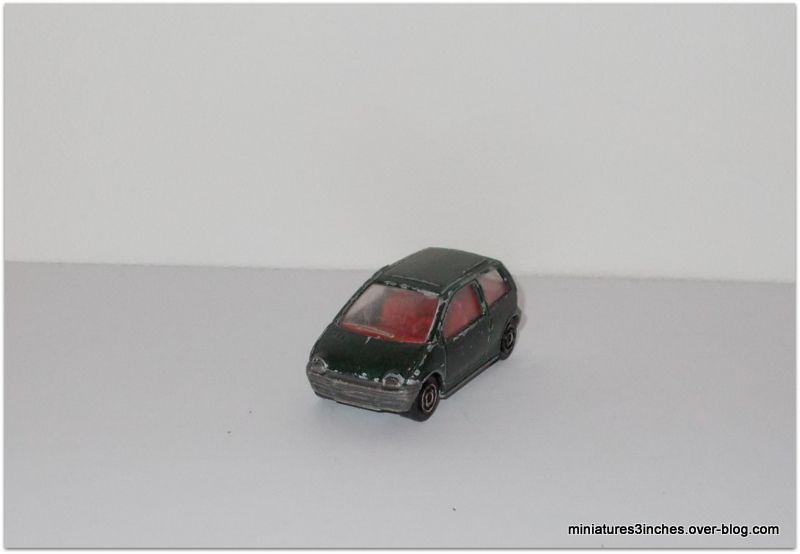 Renault Twingo I ref 206 by Majorette.