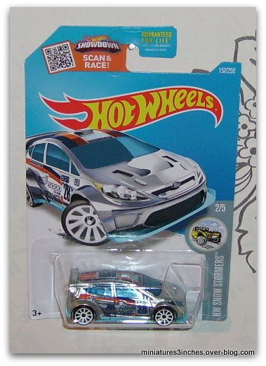 Ford Fiesta 2012  by  Hot Wheels.