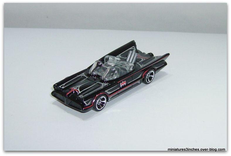 Batmobile TV série 1966    by  Hot Wheels.