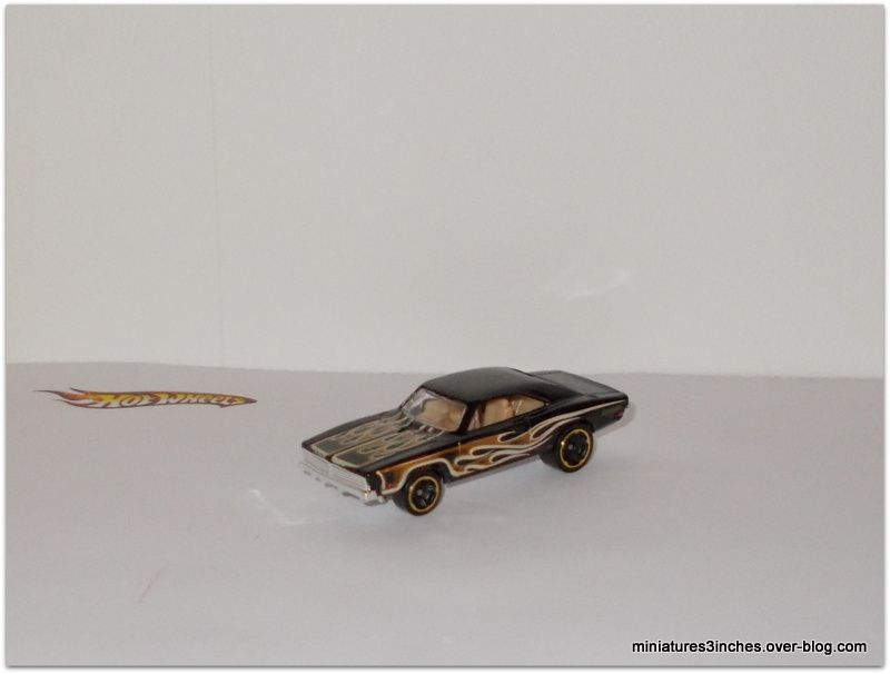 Dodge Charger 1969 by Hot Wheels.