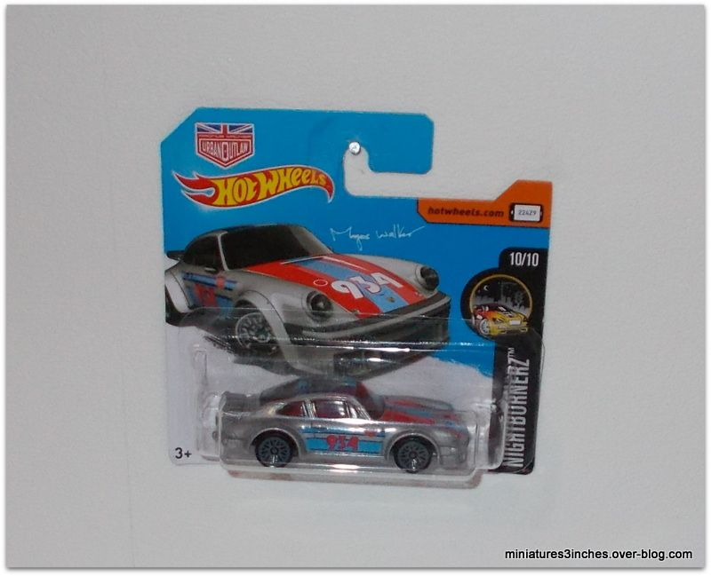 Porsche 934 Turbo RSR by Hot Wheels.
