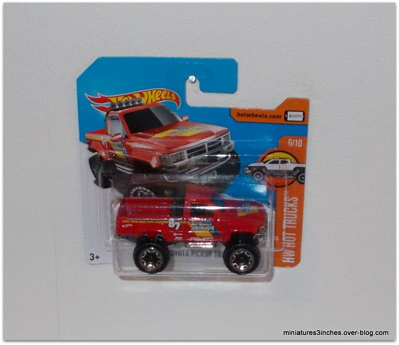 Toyota 1987 Pick-up by Hot Wheels.