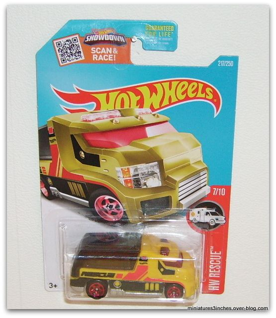 Vanmaro   by   Hot Wheels.