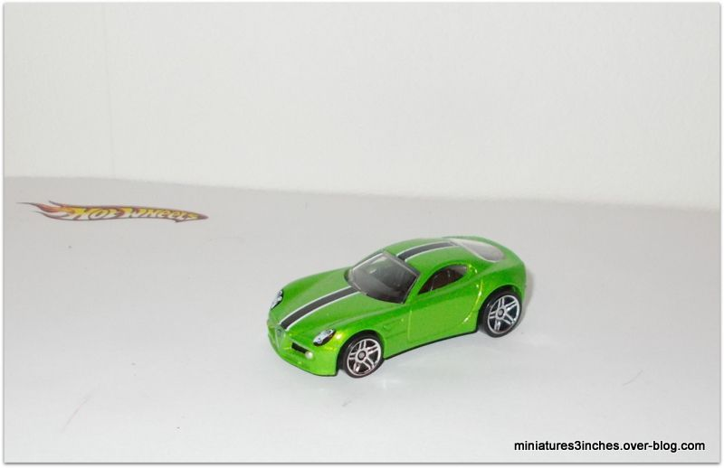 Alfa Romeo 8C Competizione by Hot Wheels.