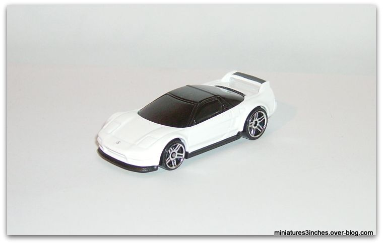 '90 Acura NSX   by  Hot Wheels.