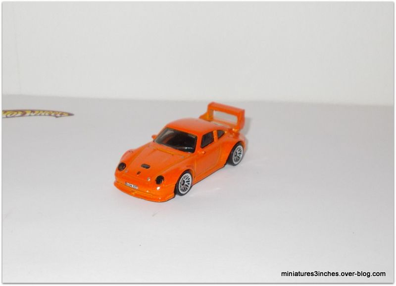 Porsche 993 GT2 by Hot Wheels.