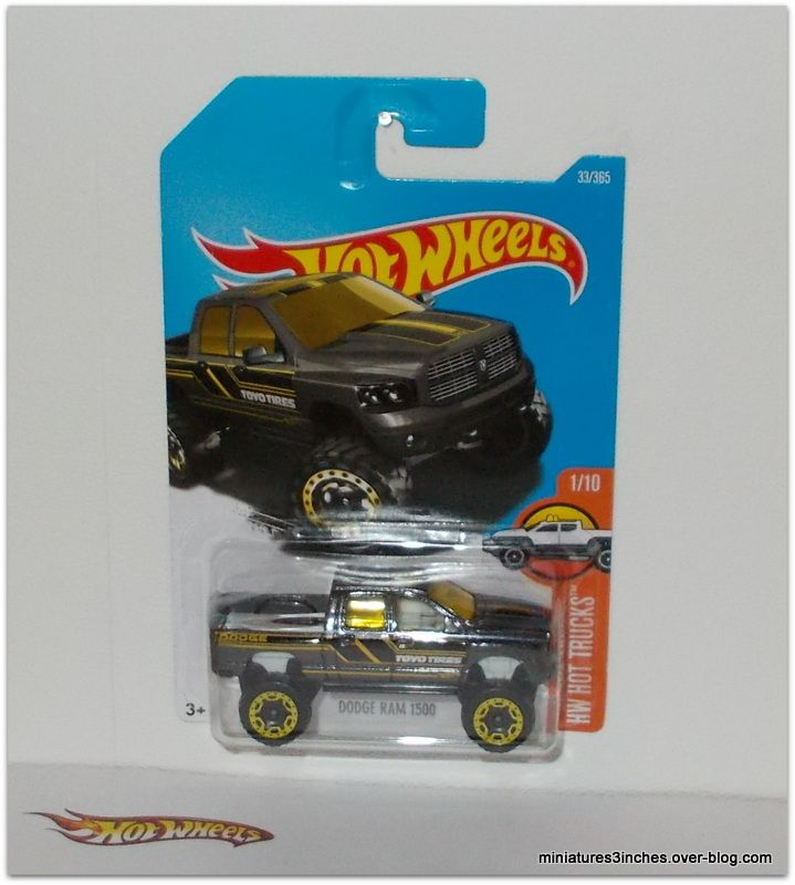 Dodge Ram 1500 &quot&#x3B;big foot&quot&#x3B; by Hot Wheels.