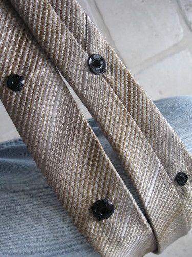 collier cravate mouflettes