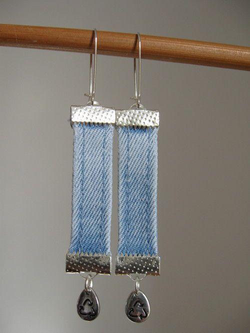 brouette de bijoux en textiles recyclés