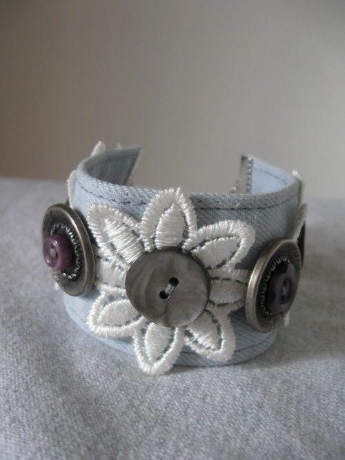 Bracelets en jeans recyclés