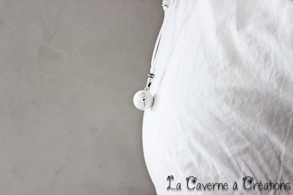 http://www.lacaverneacreations.fr/bola-de-grossesse-xylophone/624-bola-petites-mains-blanches.html