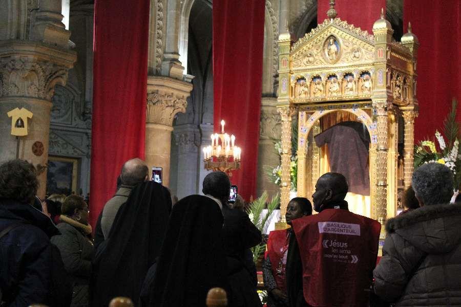 La sainte tunique d'Argenteuil 8.4.2016