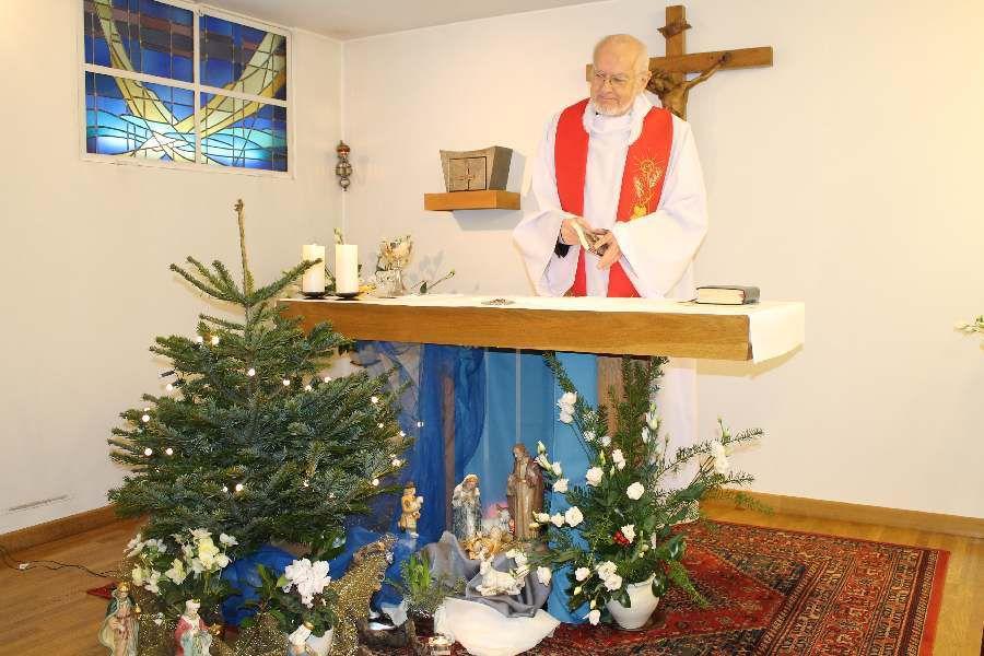 Père Gobert à la chapelle de Deuil 26.12.2016
