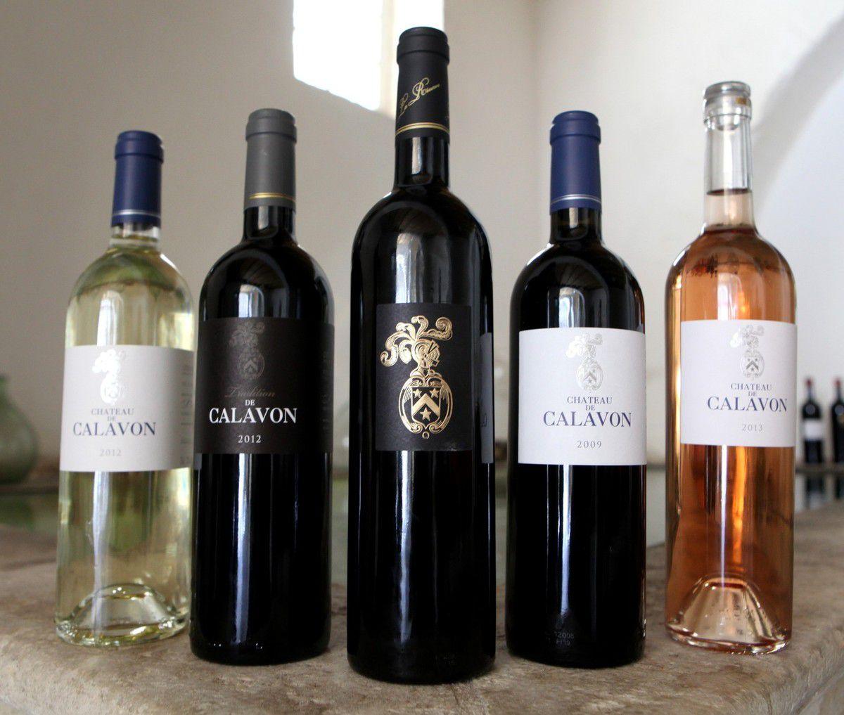 Une gamme complète sous l'étiquette du Château de Calavon. © Jean Bernard