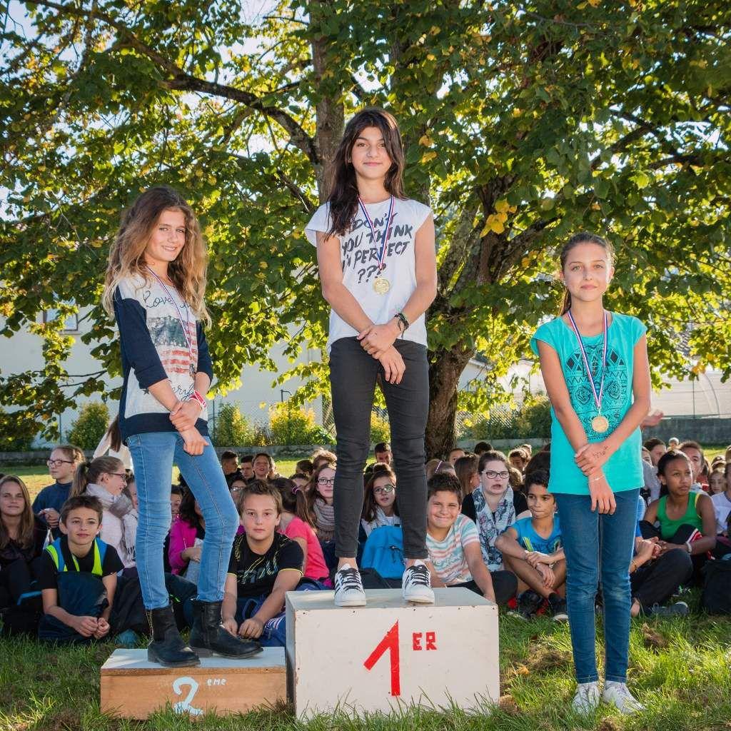 Les collégiens de Saint-Pierre à l'assaut de la voie verte pour le CROSS de 2015!