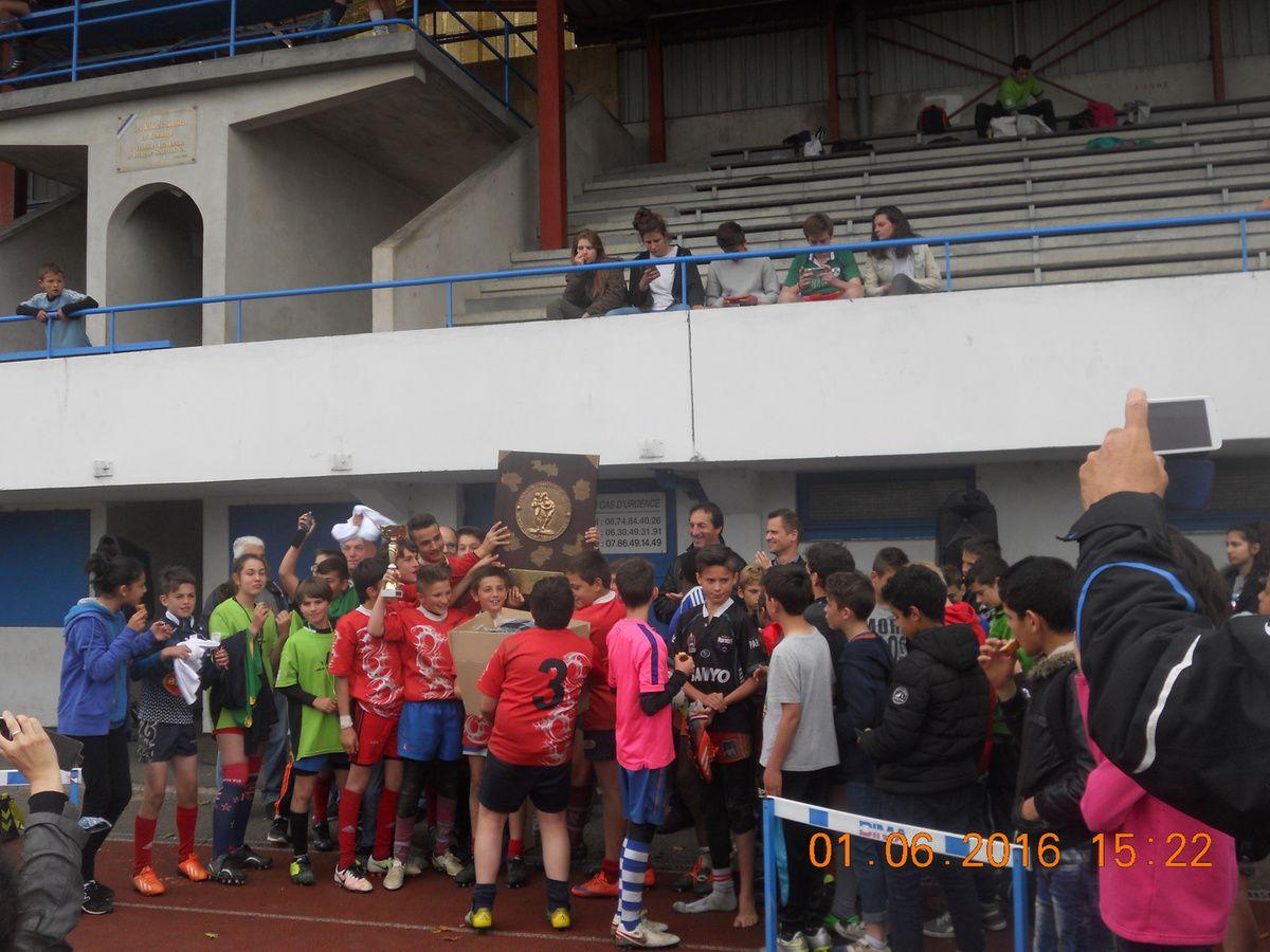 Tournoi départemental de rugby 6° à Armandie