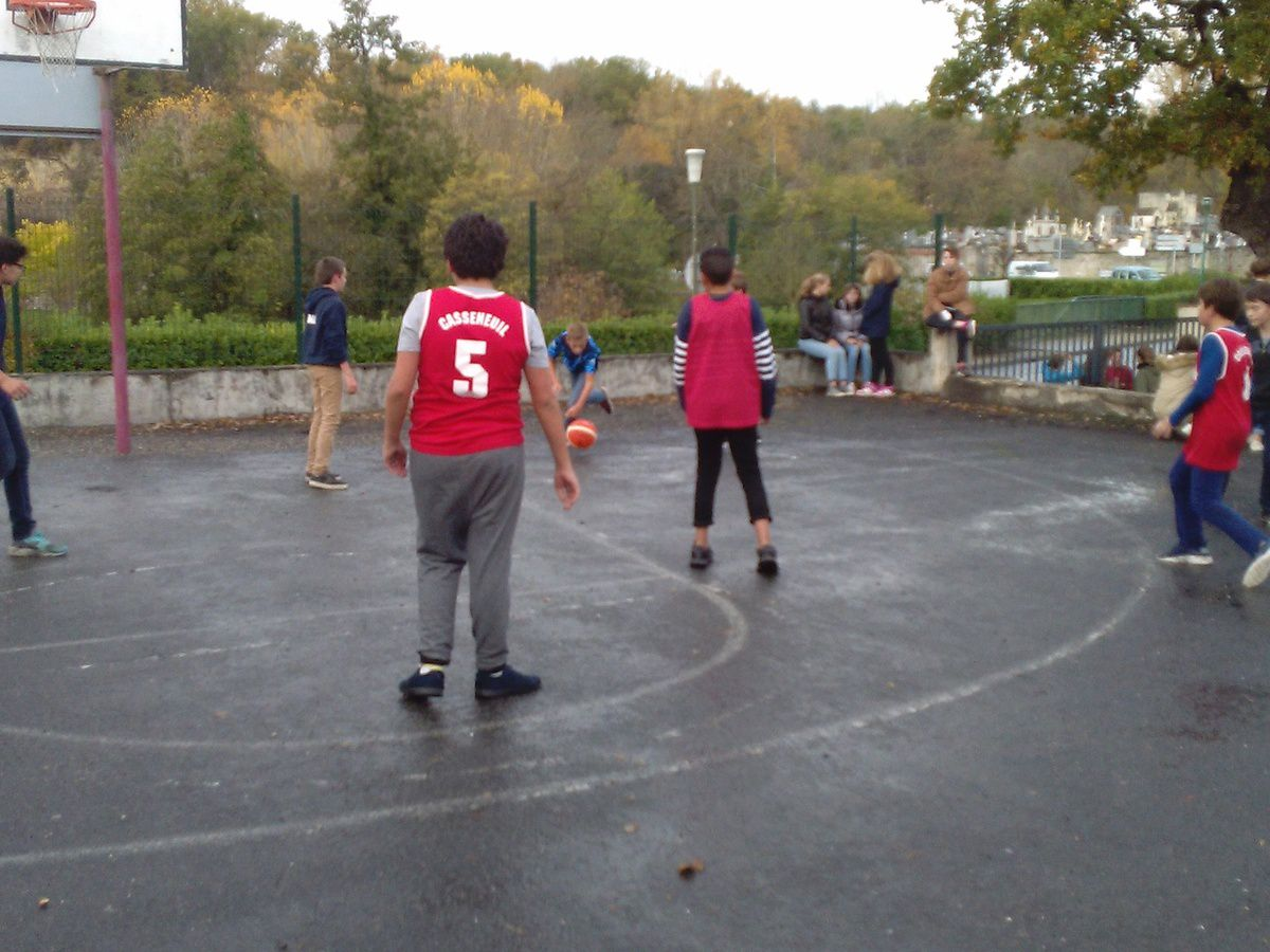 Matchs inter classes sur le temps méridien.