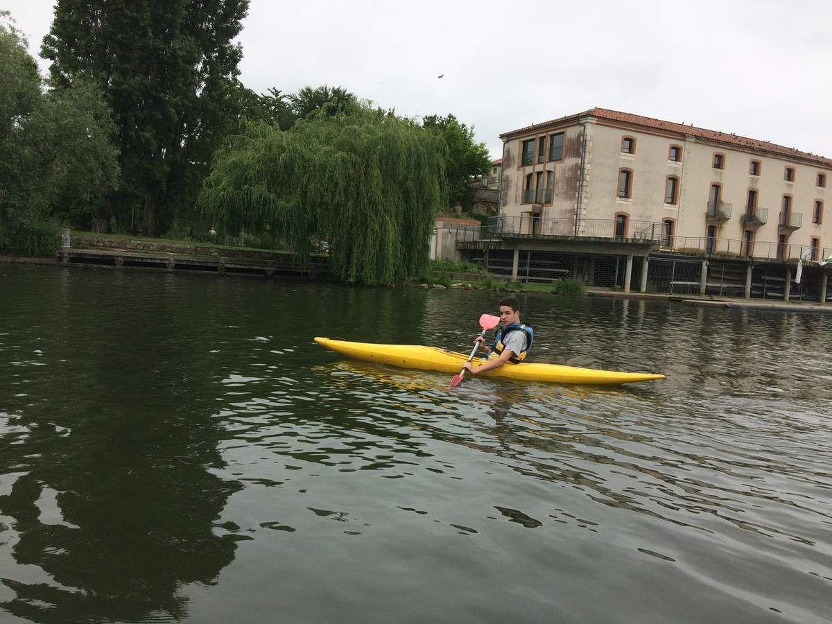 Les 3E à la base nautique de Casseneuil pour 6 séances de canoë- kayak.