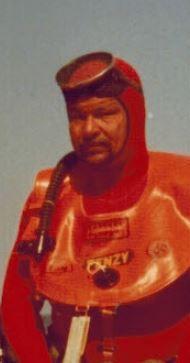 André Moine, bouée Fenzy autour du cou, en 1977