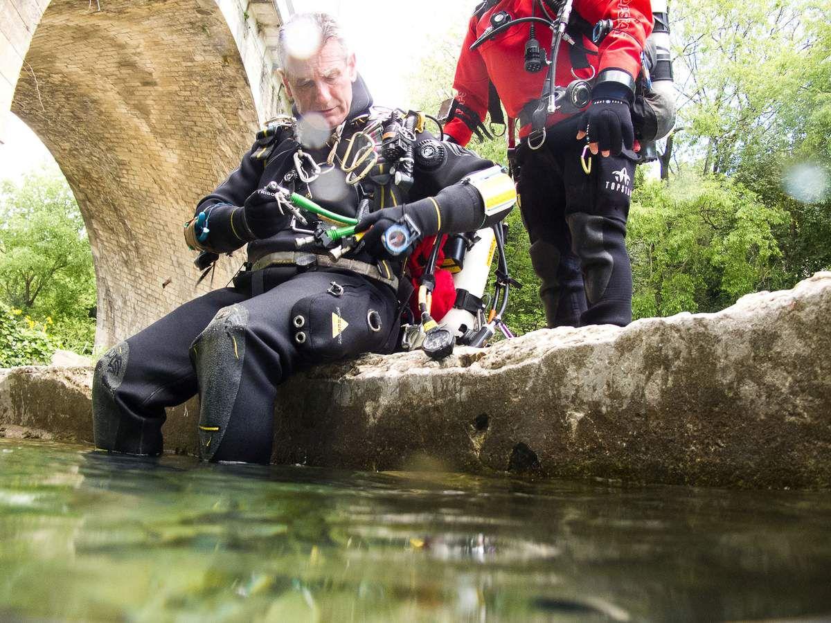 Gilles prêt pour l'immersion, photographié par Philippe Moya