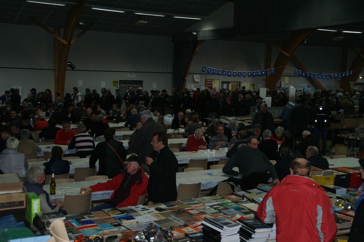 Bourse d'echanges 140 exposants