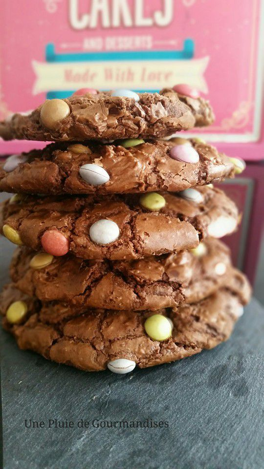 Outrageous Cookies Smarties
