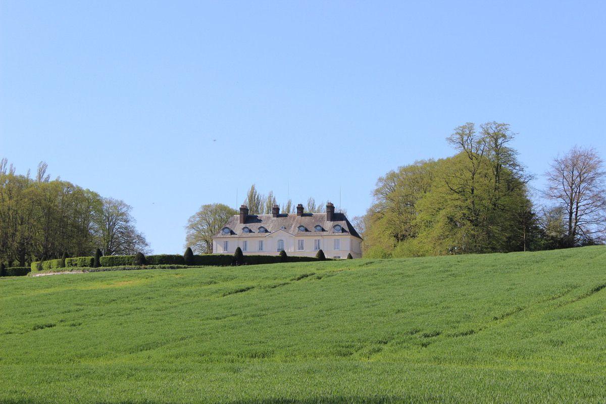 469. Dimanche 19 juillet 2015 : le château de Venteuil.