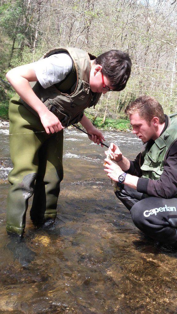 Intervention des BPJEPS en pêche aux toc avec les élèves de 4ème option pêche.