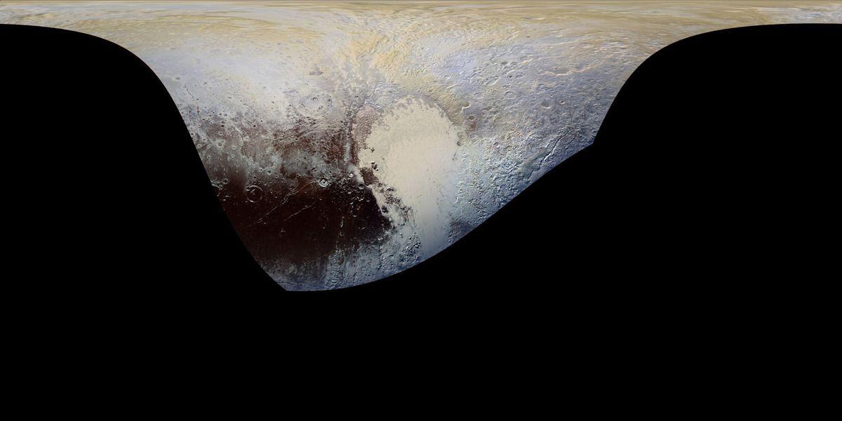 Pluton, un monde à l'atmosphère bleue