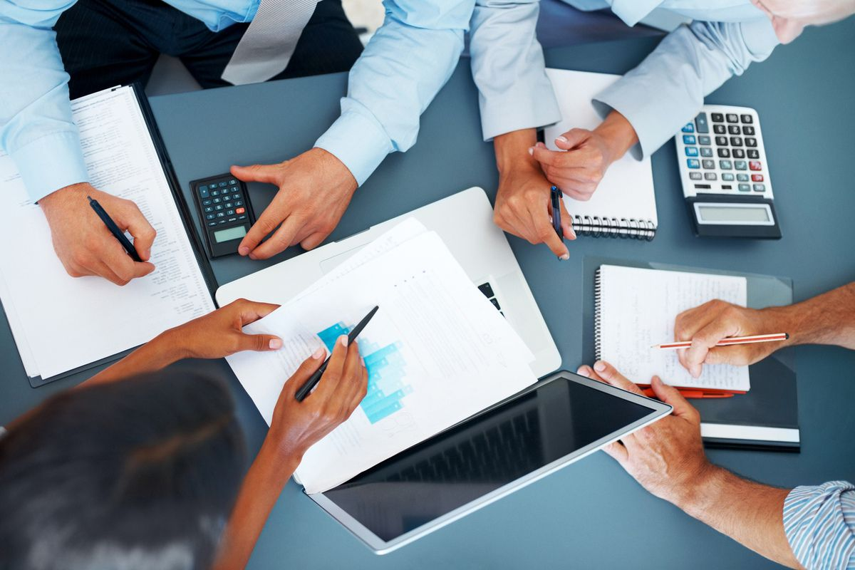 Highly Qualified Experienced In Touch Accounting