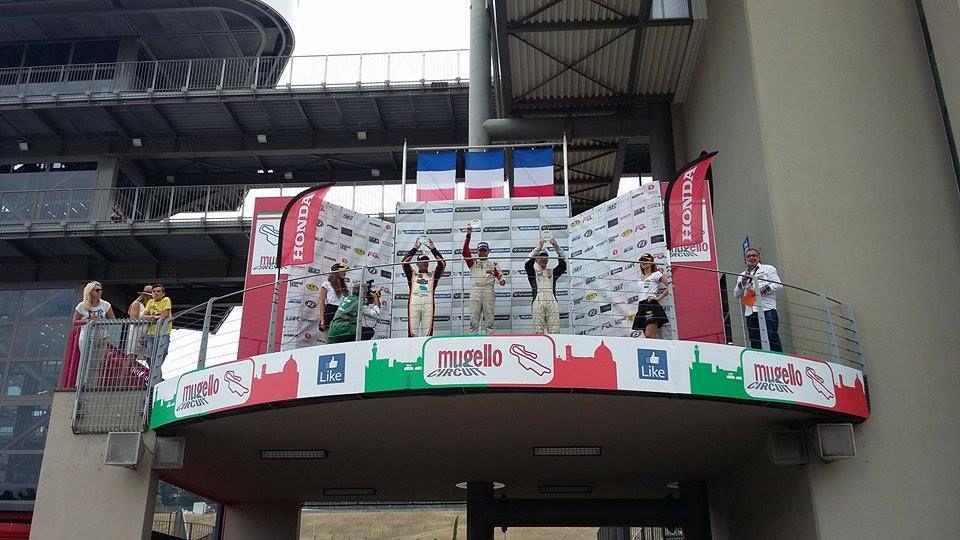 Team V-USA et Renaud sur les podiums du Mugello