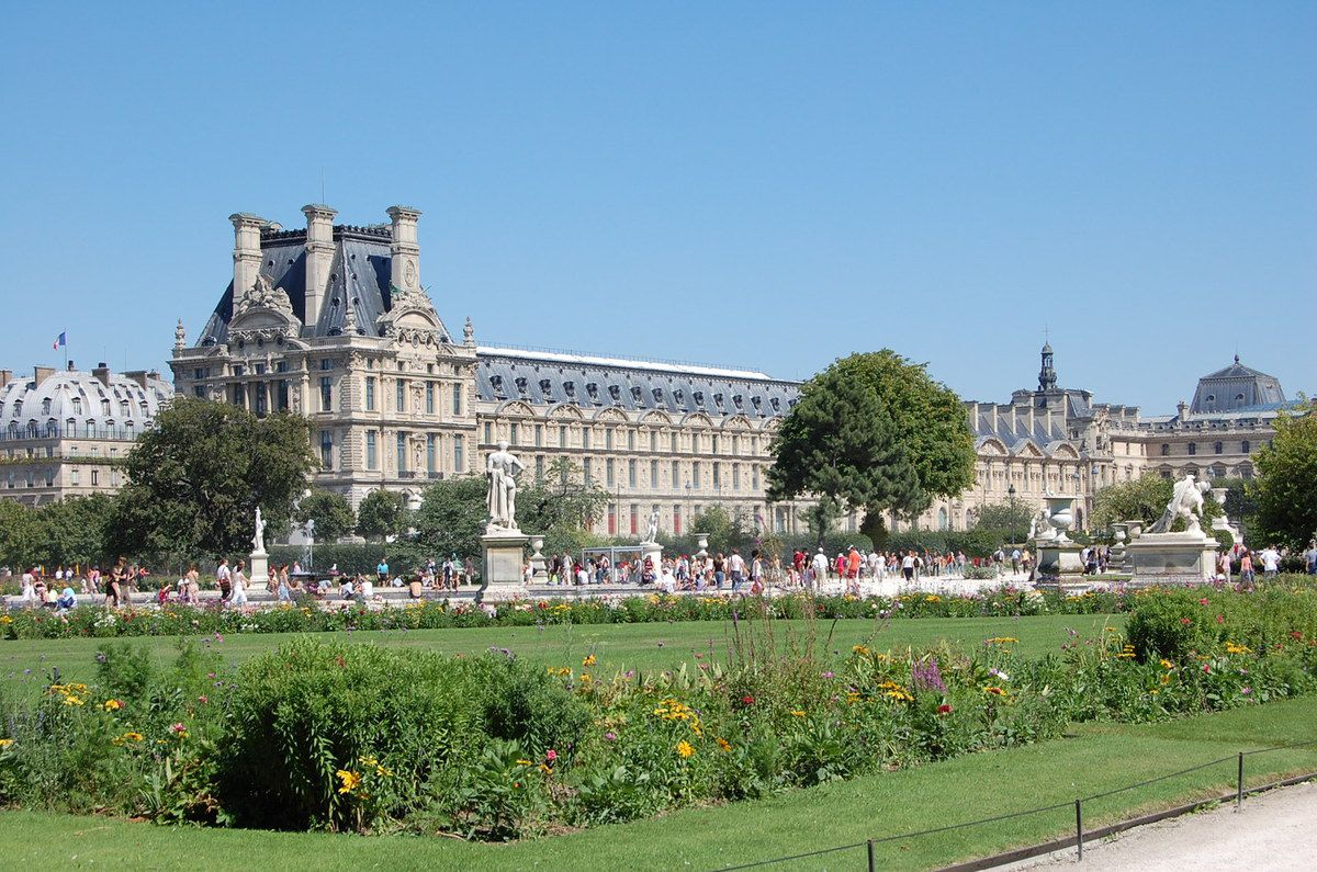 Paris jardins des tuileries lankaparc parcs et jardins for Jardins paris 2015