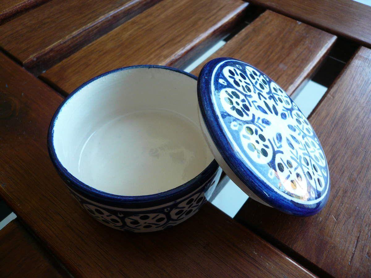 Petite Boîte ronde en porcelaine