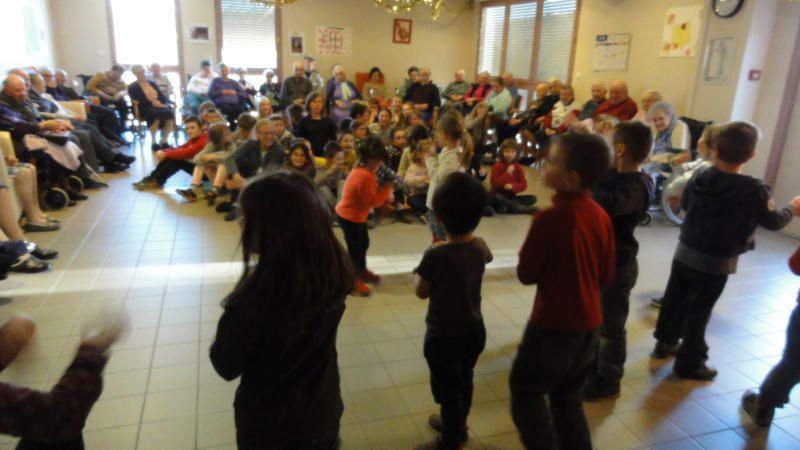 Noël en chansons avec les résidents de l'EHPAD Roux de Berny - 8 décembre
