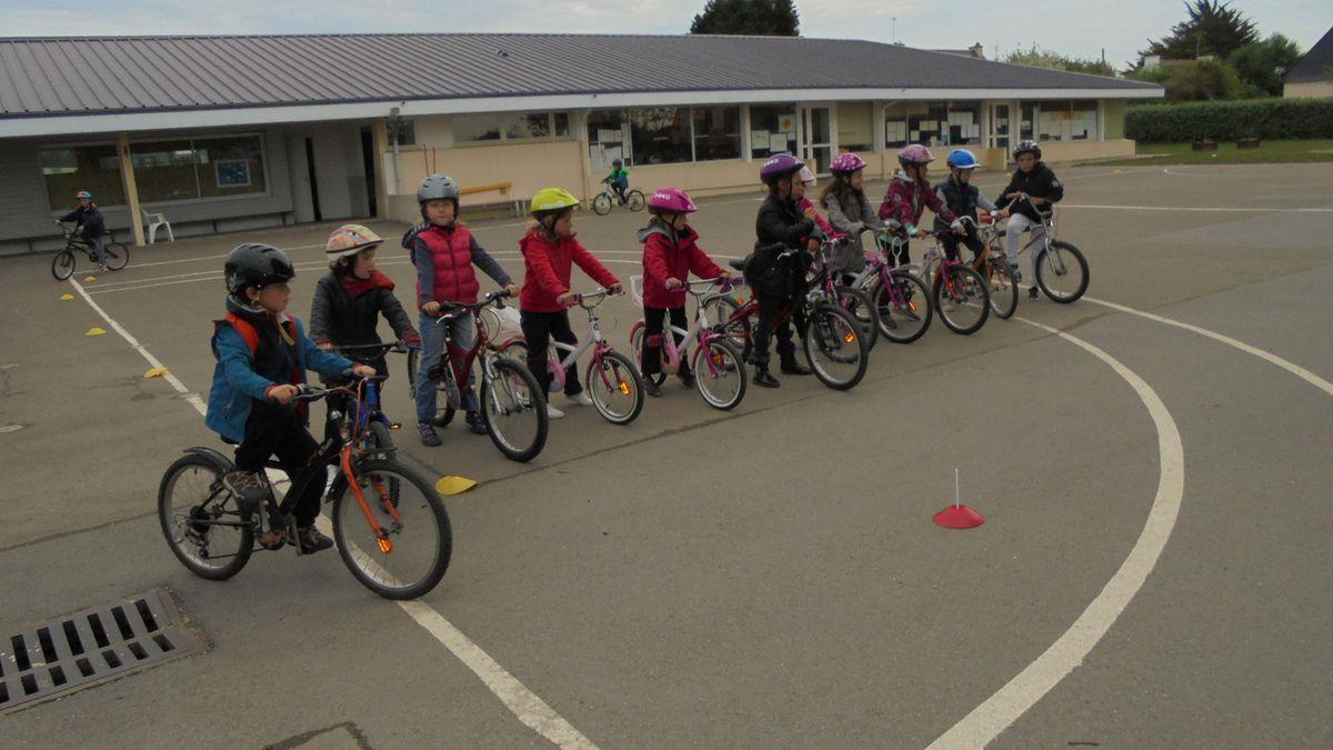 Semaine bicyclette avec les CP-CE1