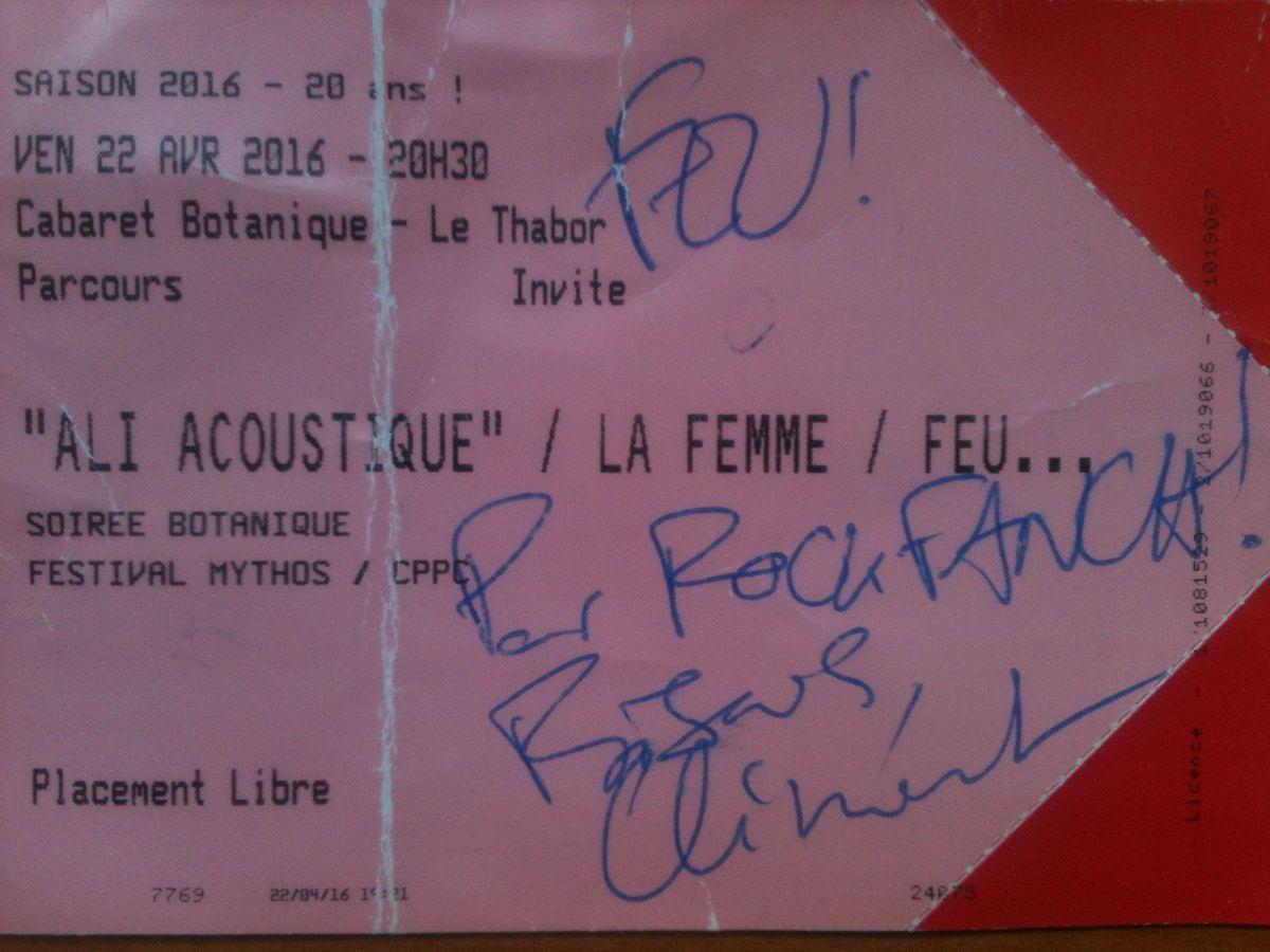 Merci à Clément (guitariste de Feu! Chatterton) pour cet autographe!