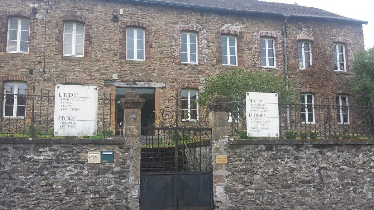 Nouzonville. L'ancienne forge les Ateliers Thomé-Génot et autres paysages.