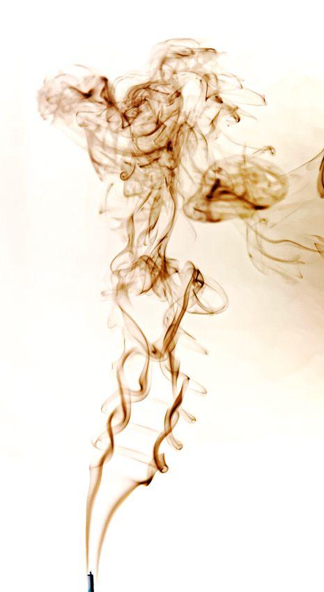 Encens et fumées