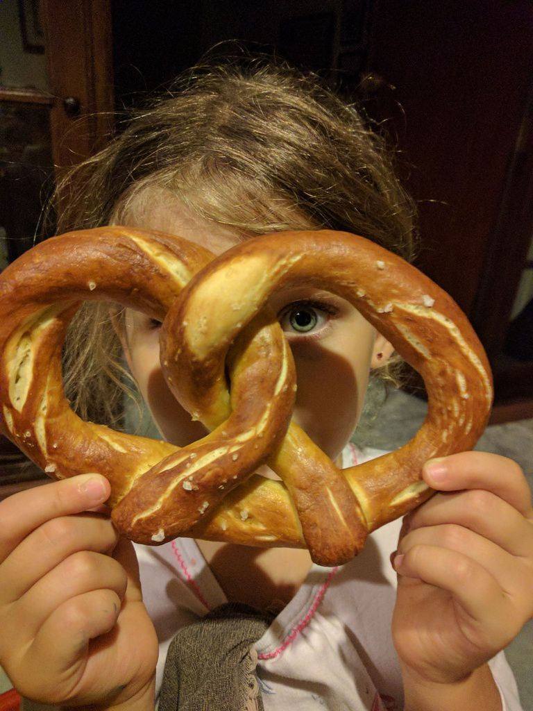 Friday Cooking with Zoé: Alsatian bretzels (and moricettes)