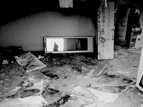 pjtg invitent R N / cliché de destruction 12